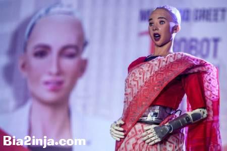 عکس های دیدنی و جالب  از سخنرانی سوفیا روبات انساننما تا . . .